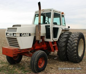 1979 Case IH 2390 tractor