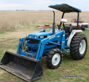 1998 New Holland 1920 MFWD compact utility tractor